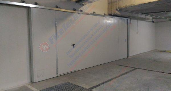 Противопожарные откатные ворота FireTechnics-Р EI60 с дверью и люком